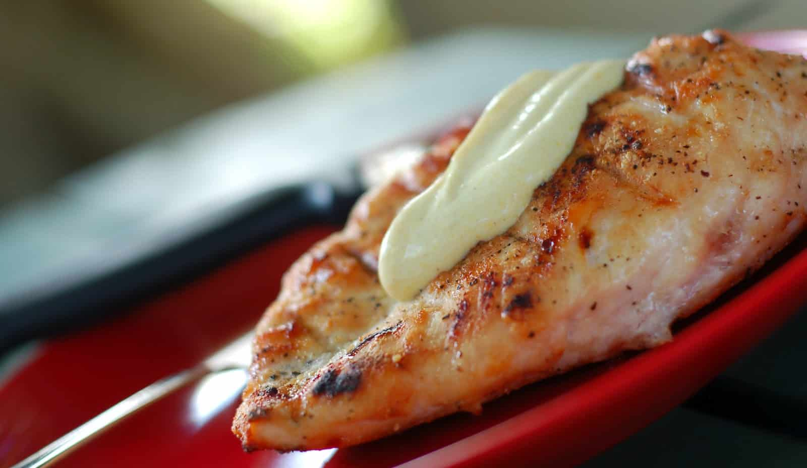 Grilled Chicken with Curry Lime Sauce - A Kitchen Addiction