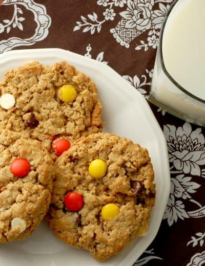 Chewy Reese's Pieces Peanut Butter Oatmeal Cookies