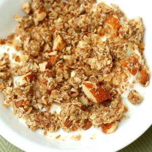 Maple Vanilla Nut Granola – Skillet Style