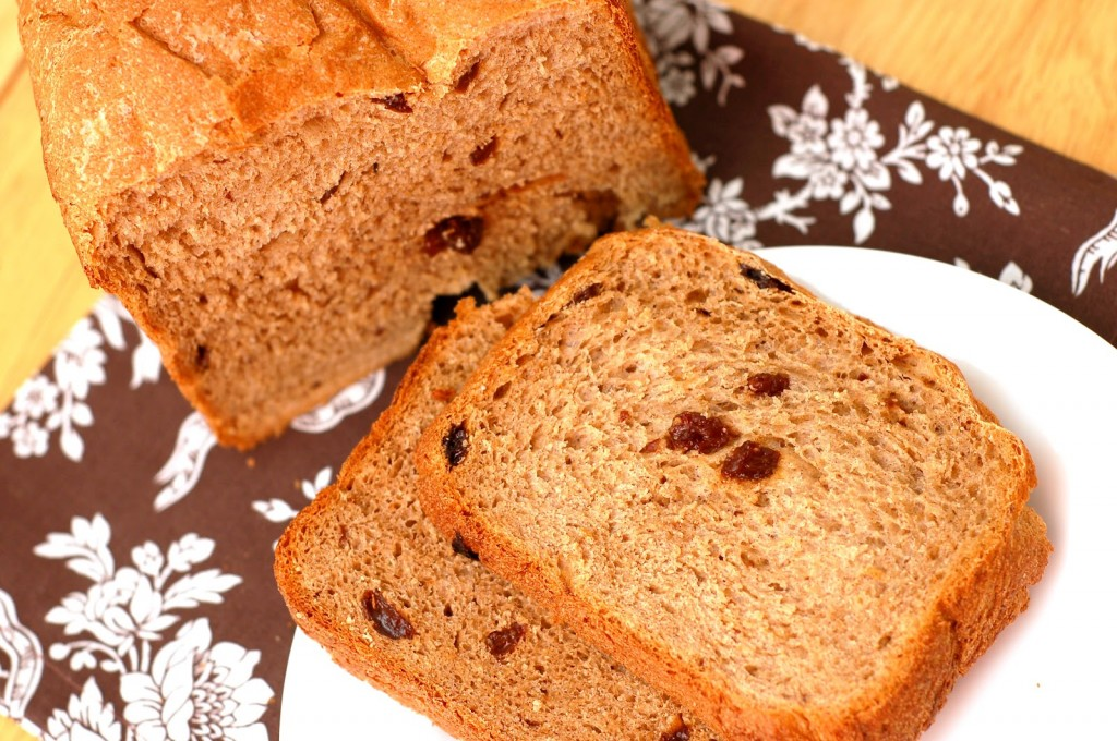 Cinnamon Raisin Oatmeal Bread - Bread Machine - A Kitchen Addiction