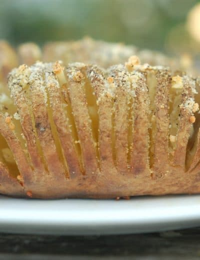 Garlic and Parmesan Grilled Hasselback Potatoes
