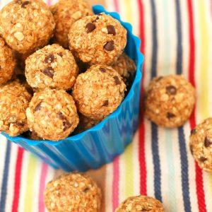 Peanut Butter Mini Chip Granola Bites – No Bake