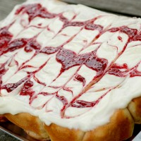 Raspberry Cinnamon Rolls with Raspberry Swirled Cream Cheese Frosting