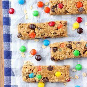 Monster Cookie Granola Bars (No-Bake)