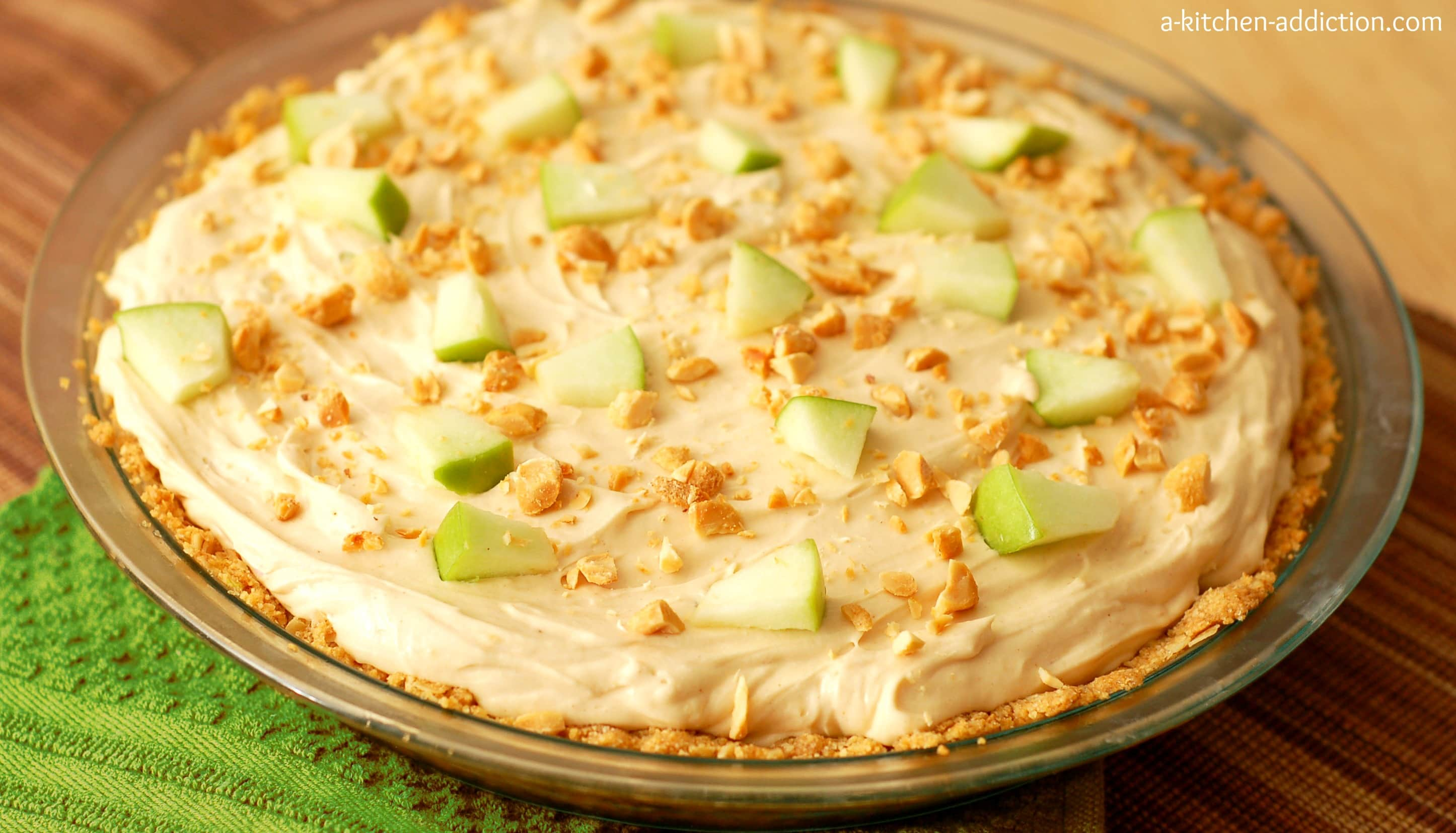 Peanut Butter & Apple Oatmeal Cookie Cheesecake - A Kitchen Addiction