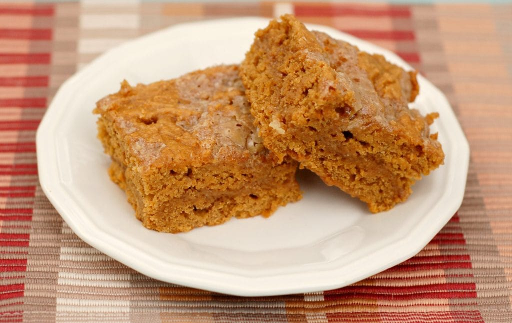 Salted Caramel Pumpkin Bars - A Kitchen Addiction
