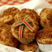 {A Kitchen Addiction} Eggnog Muffins with Gingersnap Streusel