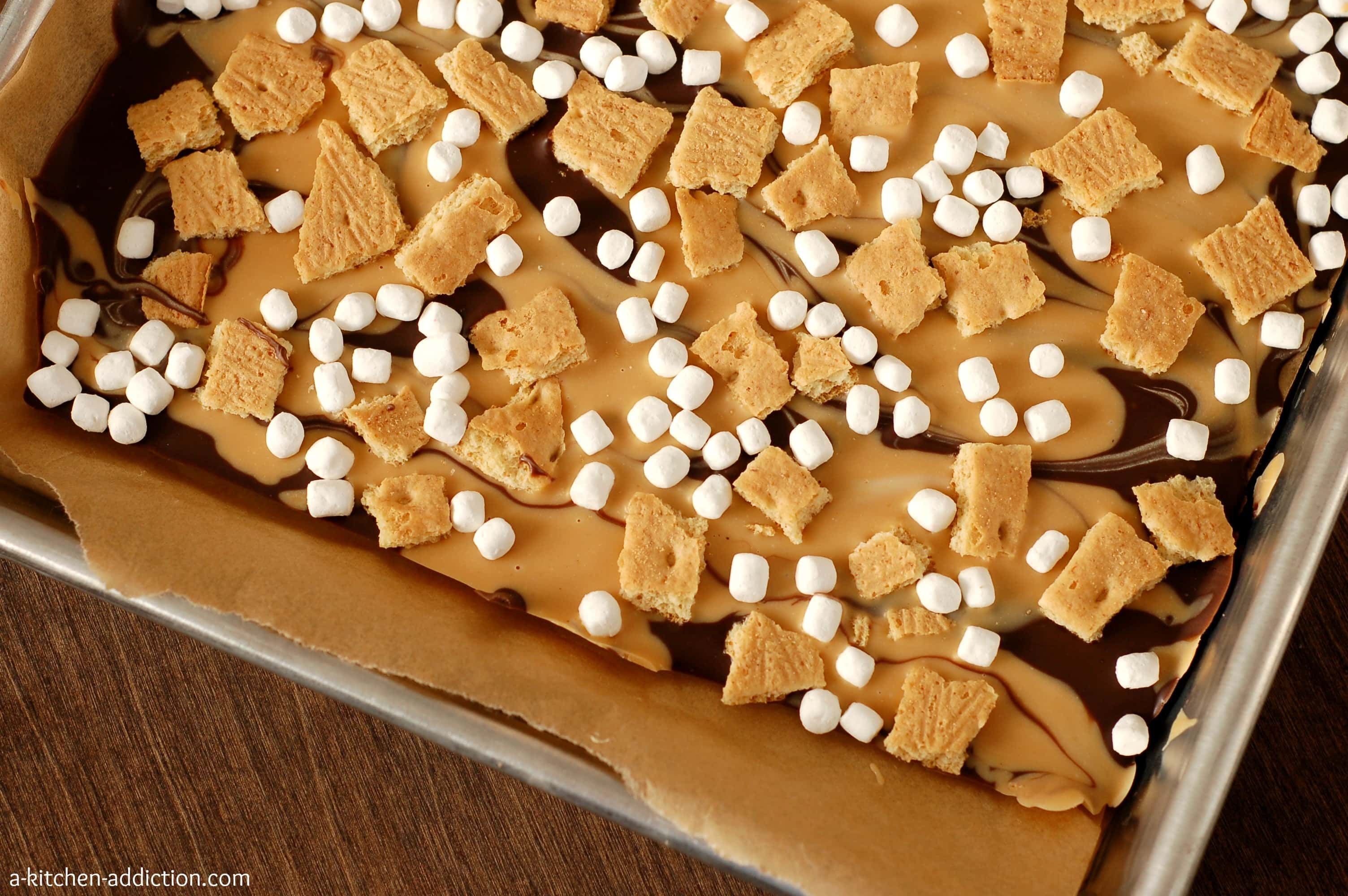 Peanut Butter Swirled S'mores Bark - A Kitchen Addiction