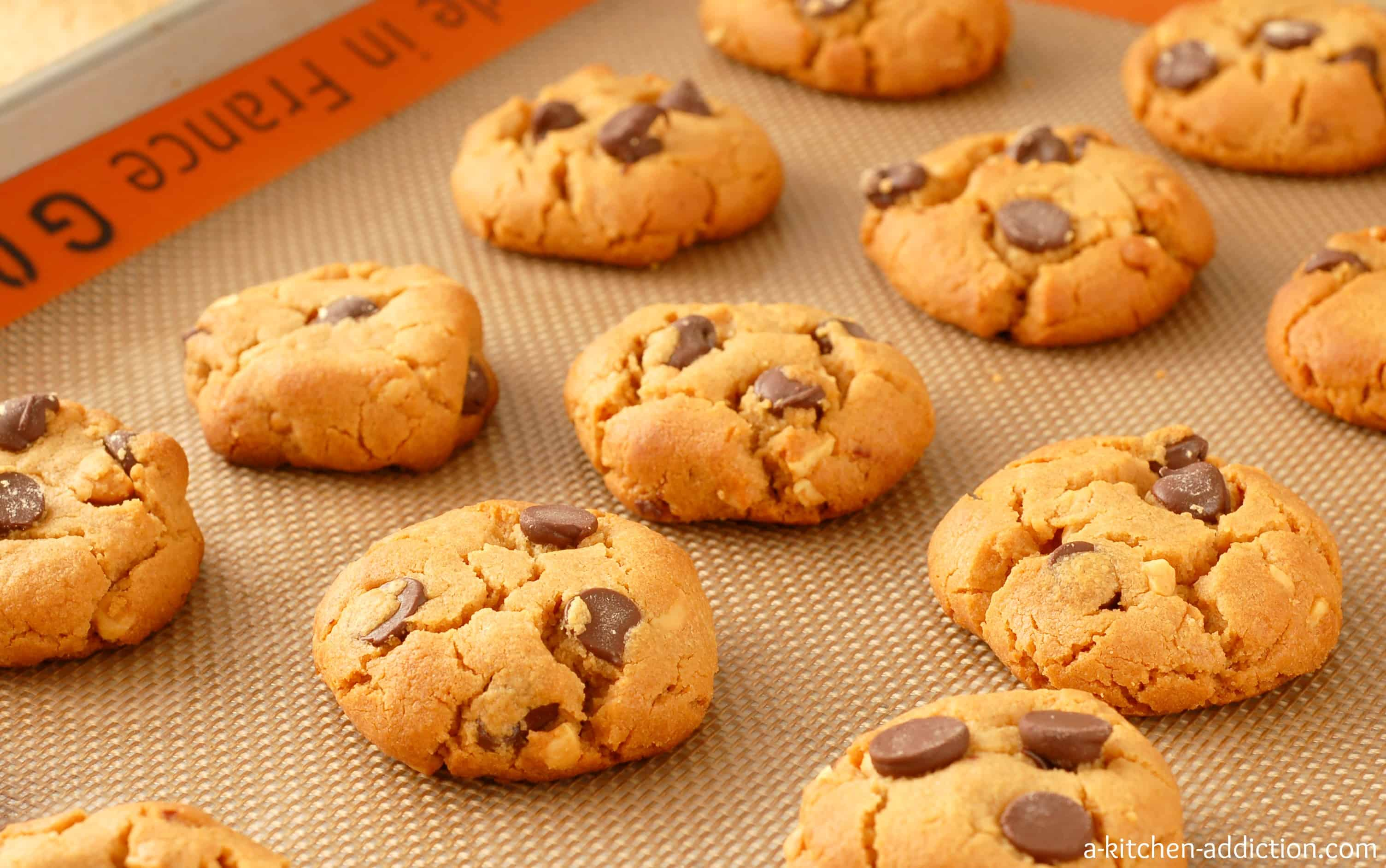 Flourless Peanut Butter Chocolate Chip Cookies - A Kitchen ...