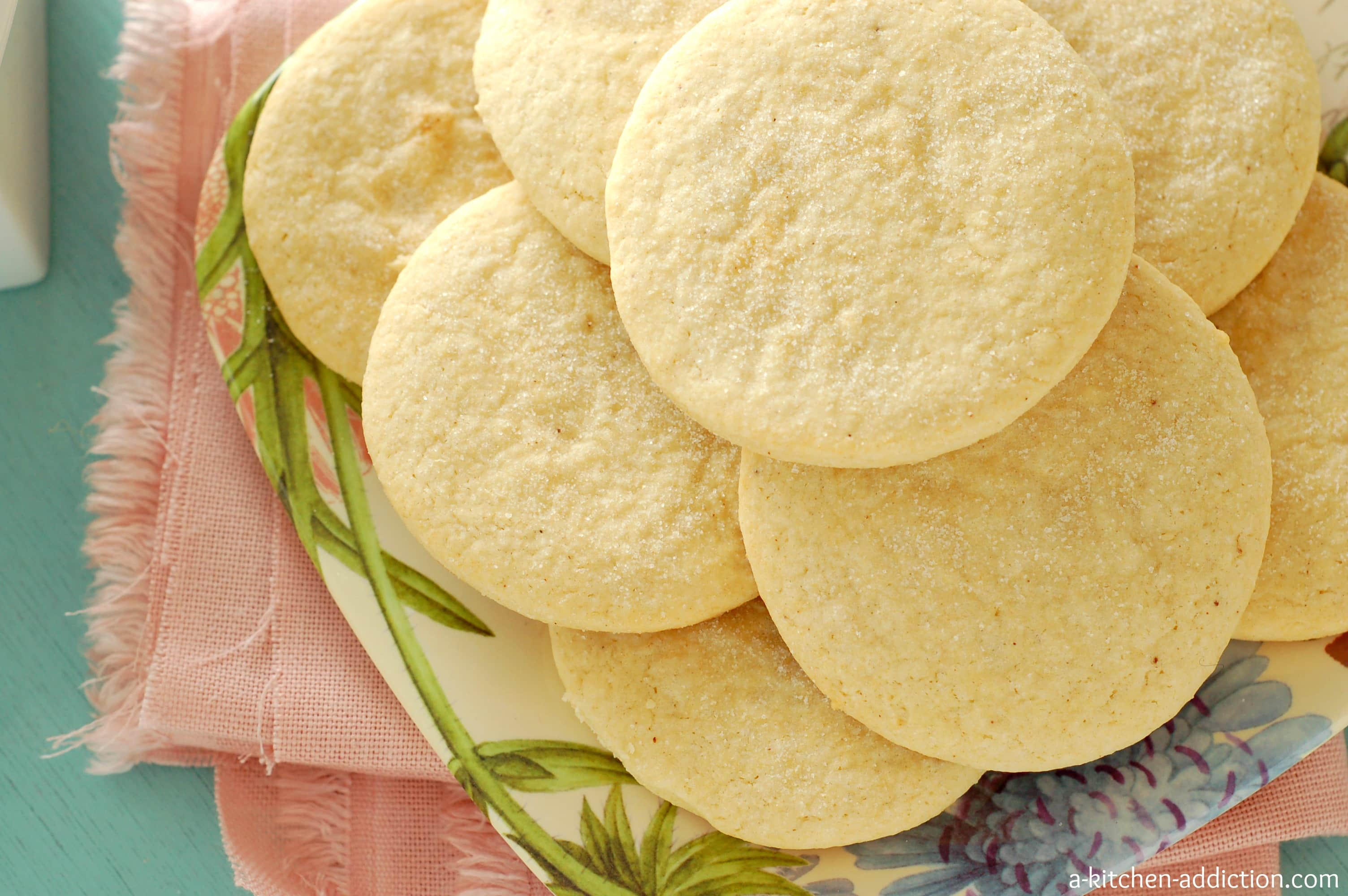 Big+Fluffy+Tea+Biscuits These cookies pair perfectly with a cup of tea ...