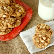 Spiced White Chocolate Oatmeal Cookies #recipe