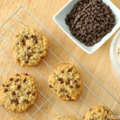 Chocolate Chip Honey Oatmeal Cookies Recipe l www.a-kitchen-addiction.com