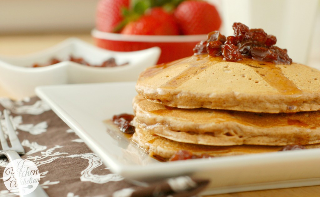 Oatmeal Cookie Pancakes Recipe l www.a-kitchen-addiction.com