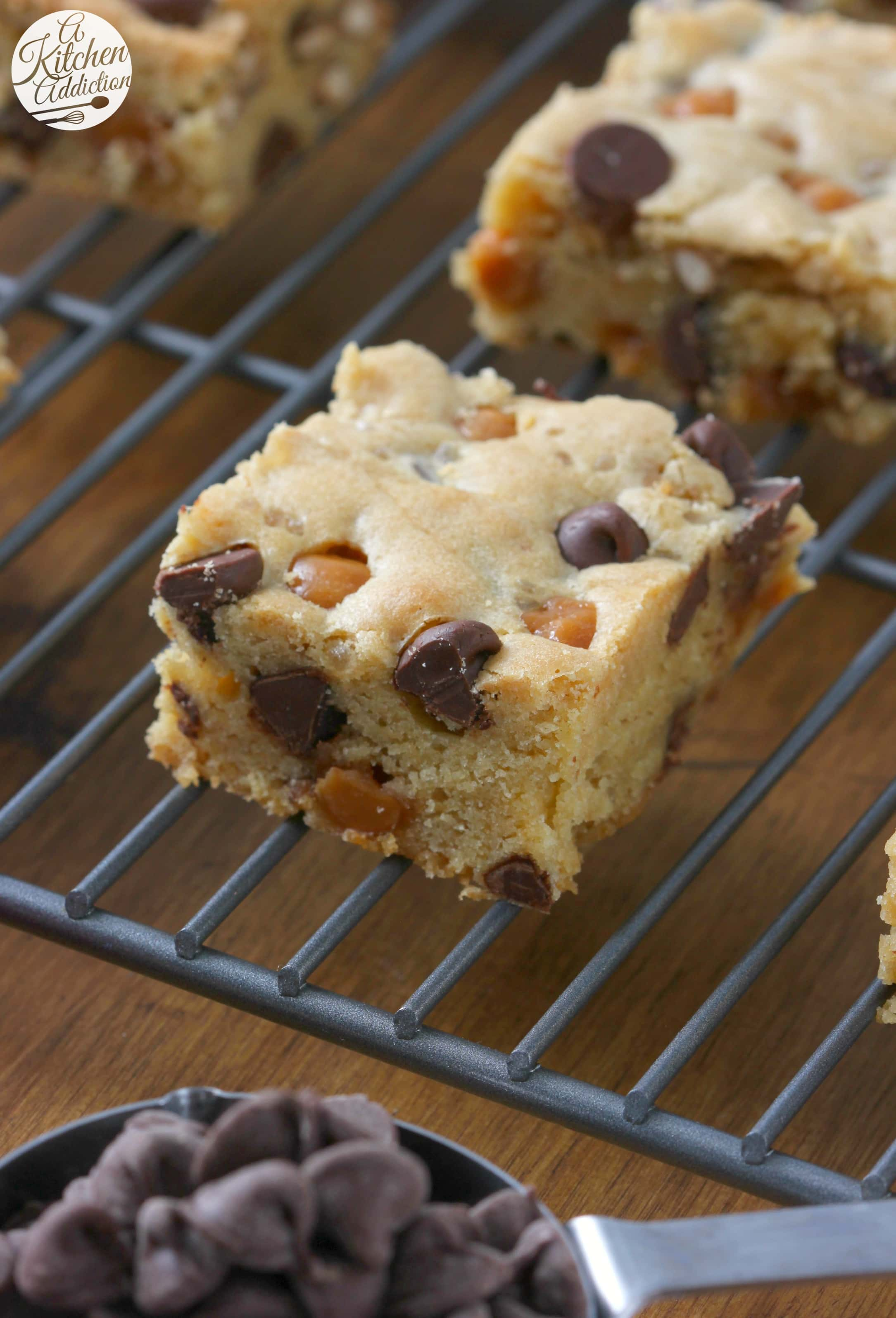Easy Salted Chocolate Caramel Pretzel Blondies Recipe from A Kitchen Addiction