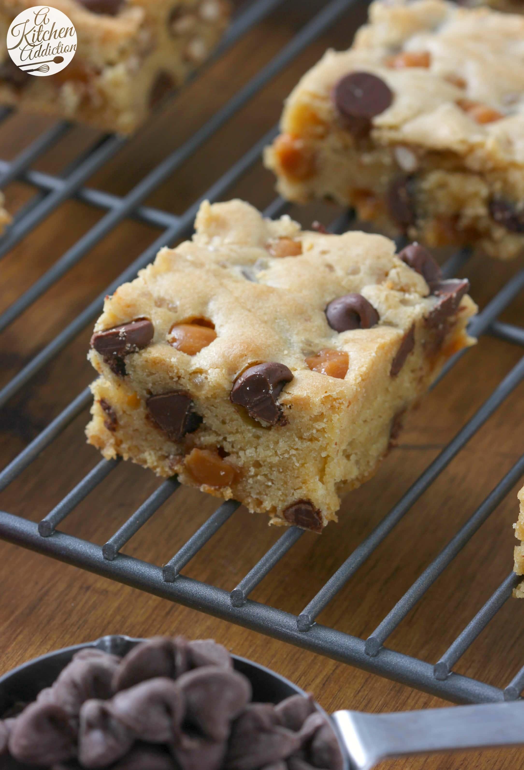 Easy Salted Chocolate Caramel Pretzel Blondies Recipe from A Kitchen Addiction