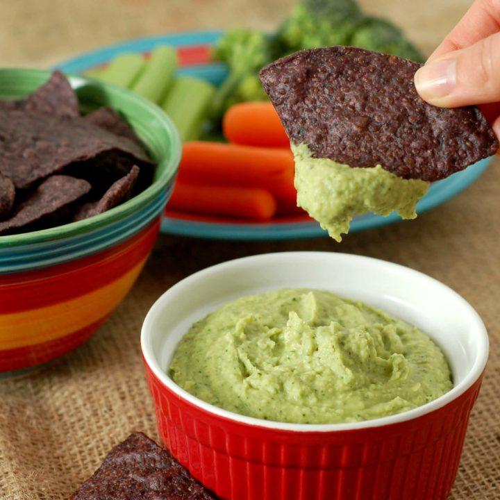 Cilantro Lime Jalapeno Hummus Recipe l www.a-kitchen-addiction.com