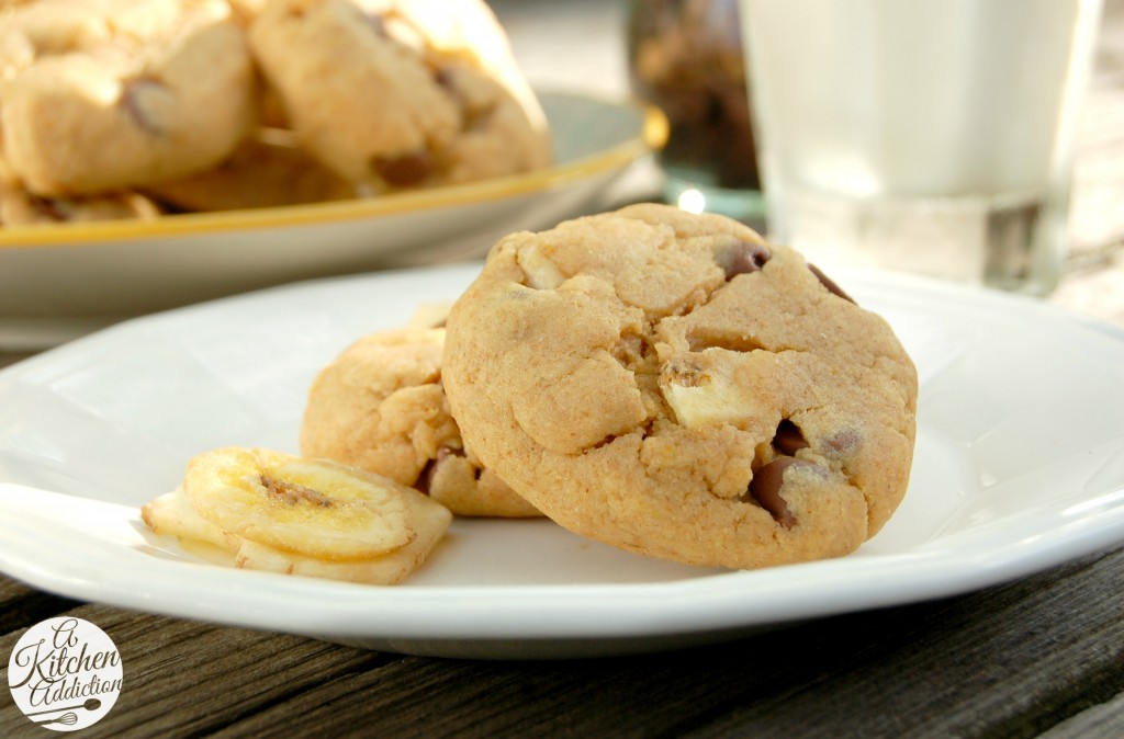 Peanut Butter Chocolate and Banana Chip Cookies Recipe l www.a-kitchen-addiction.com
