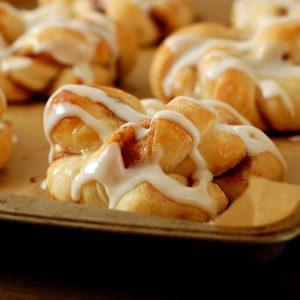Cinnamon Twist Knots