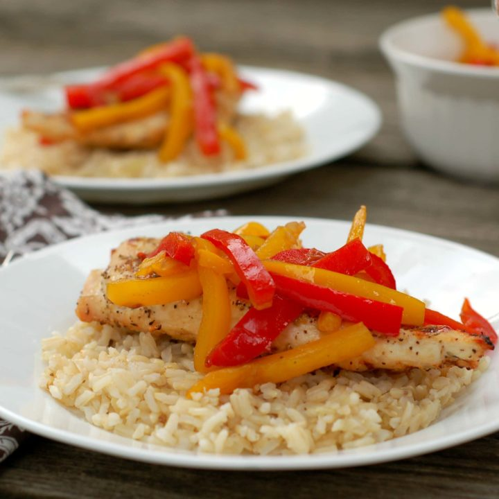Grilled Chicken with Balsamic Bell Peppers Recipe l www.a-kitchen-addiction.com