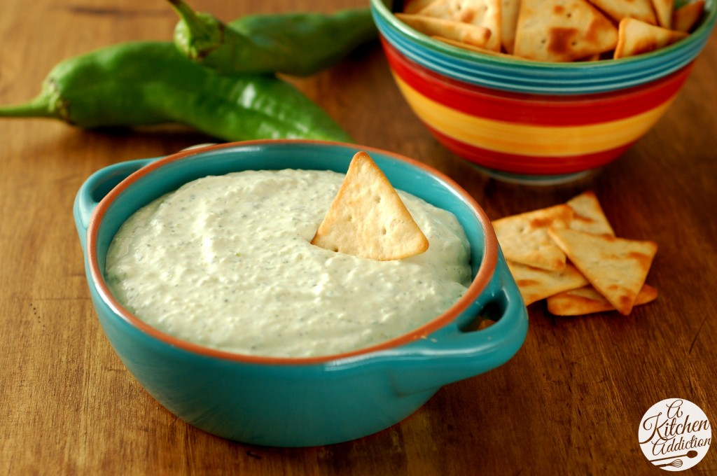 Creamy Roasted Hatch Chile Dip Recipe l ww.a-kitchen-addiction.com