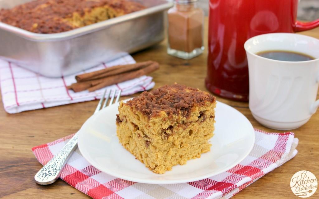 Maple-Cinnamon Pumpkin Coffee Cake Recipe l www.a-ktichen-addiction.com