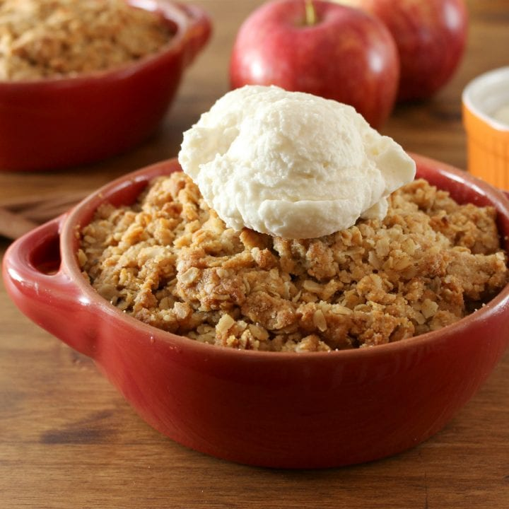 Easy Peanut Butter Apple Crisp