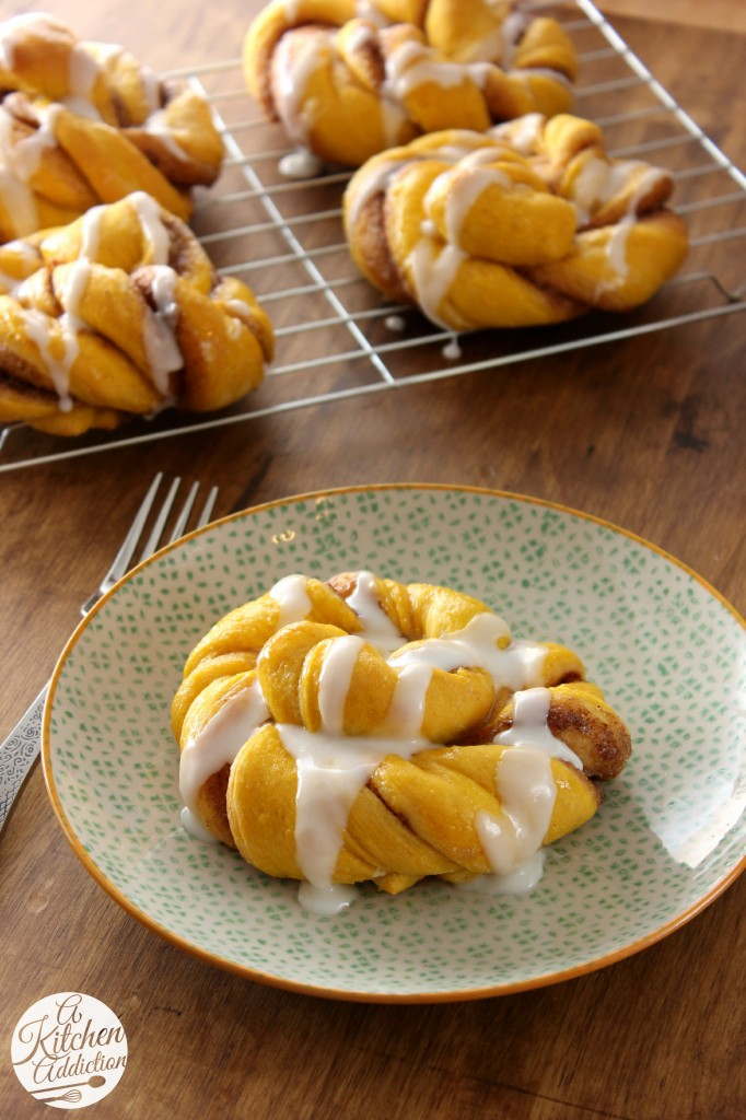 Pumpkin Cinnamon Twist Knots Recipe l www.a-kitchen-addiction.com