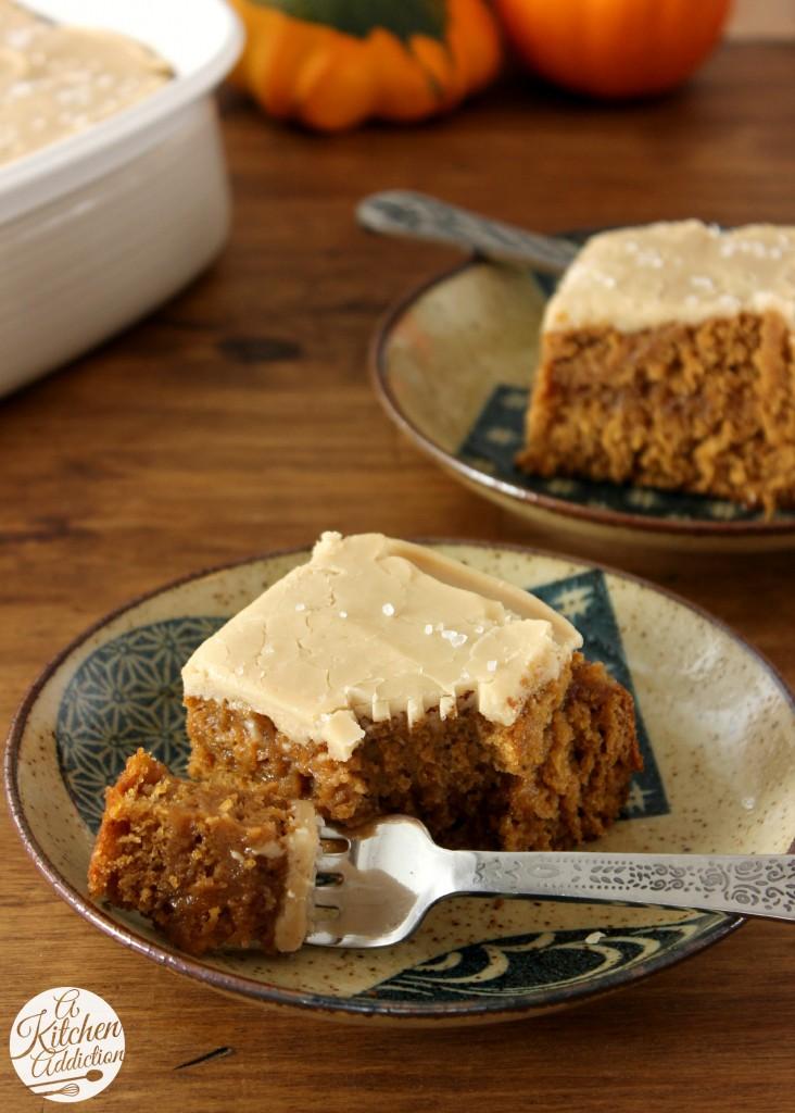 Salted Caramel Pumpkin Cake Recipe l www.a-kitchen-addiction.com