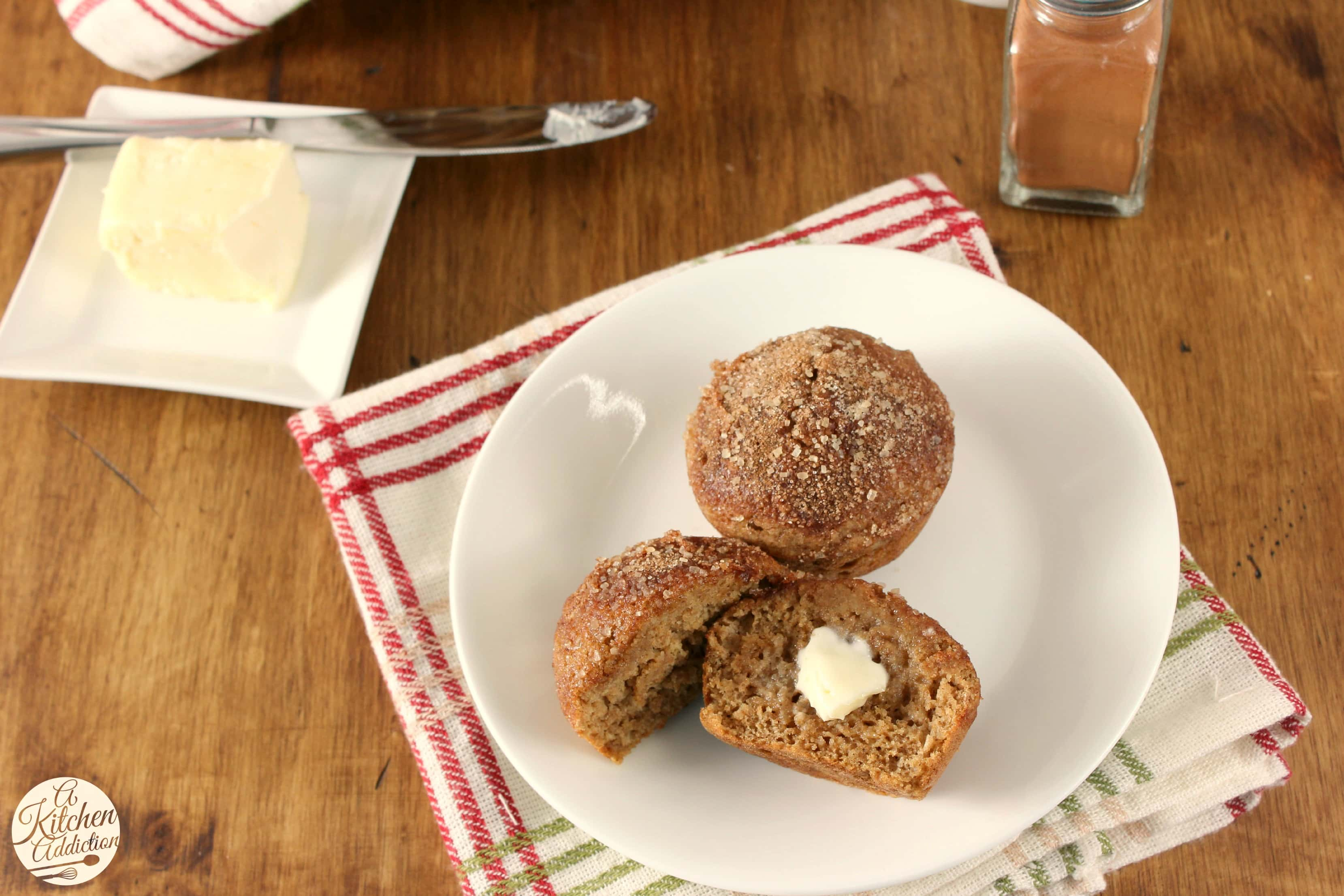 Cinnamon Maple Muffins Recipe l www.a-kitchen-addiction.com