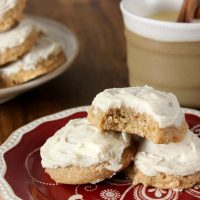 Eggnog Chai Cookies with Eggnog Buttercream Frosting