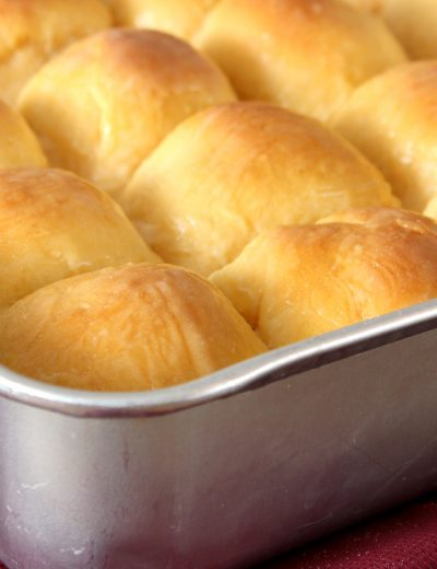 Sweet Potato Dinner Rolls with Honey Butter Glaze Recipe l www.a-kitchen-addiction.com