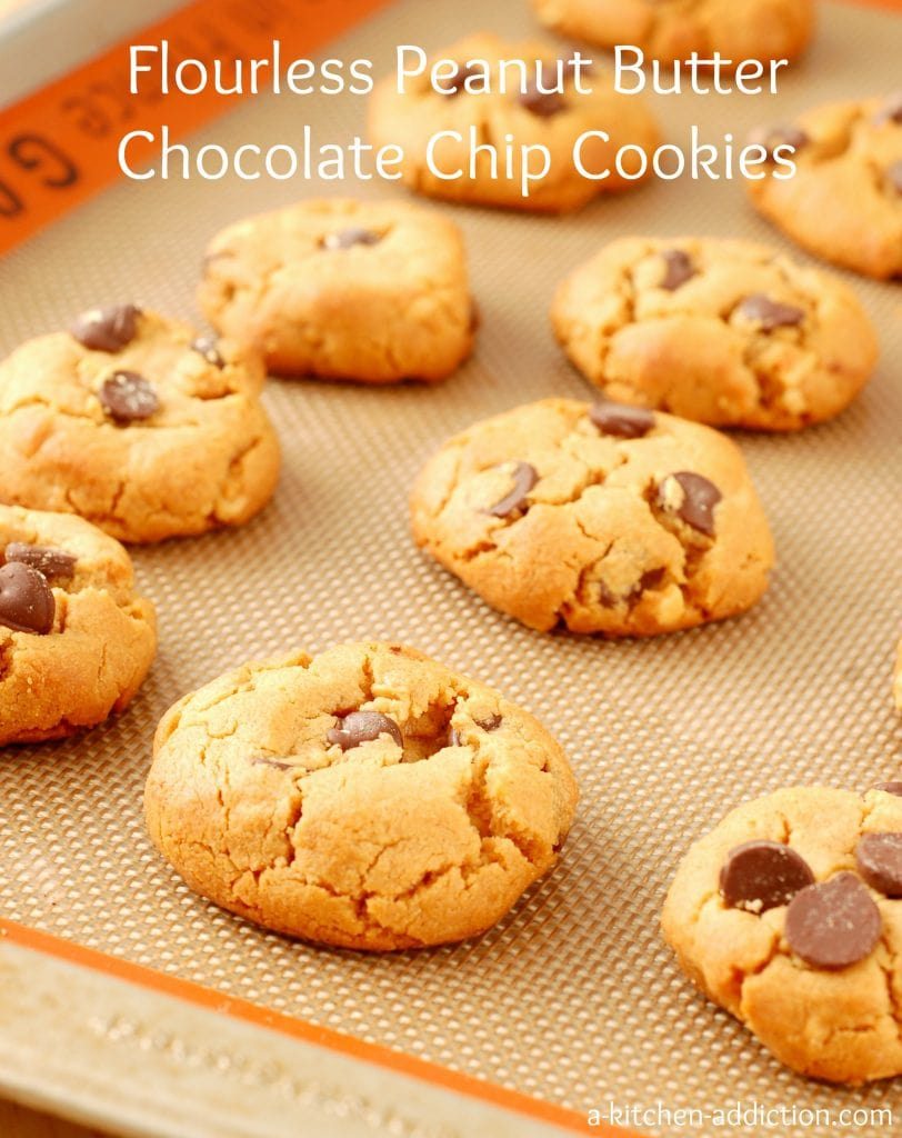 Flourless Peanut Butter Chocolate Chip Cookies Recipe l www.a-kitchen-addiction.com