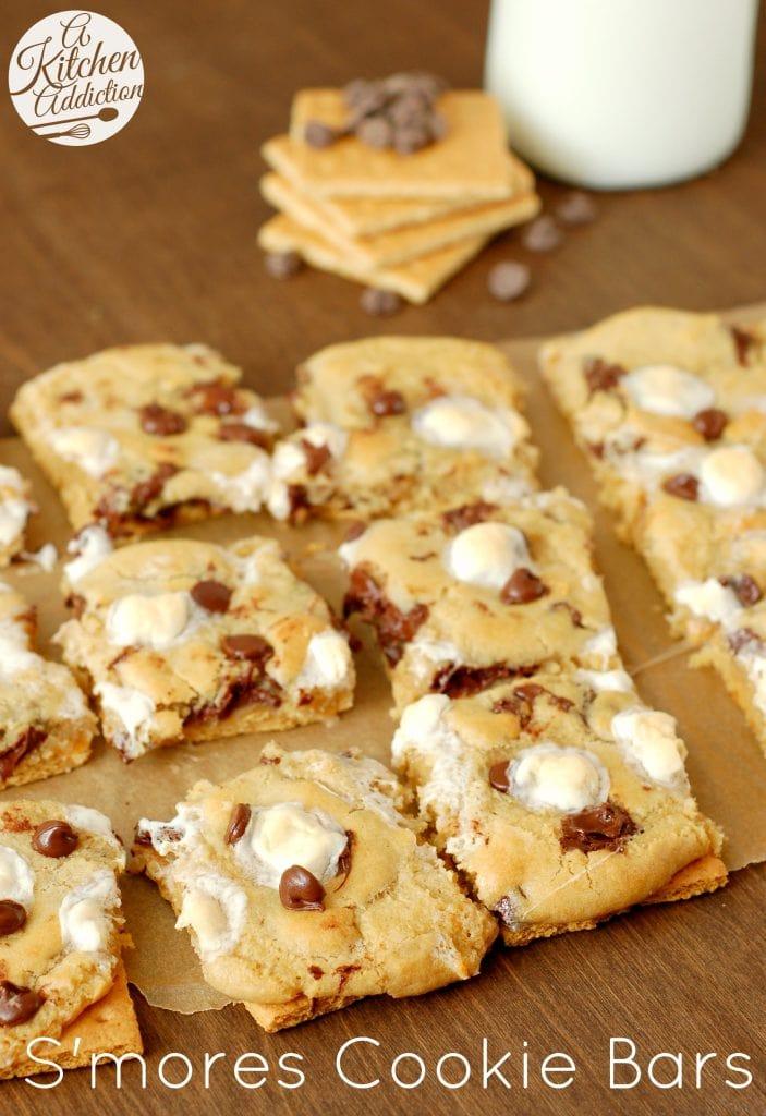 S'mores Cookie Bars l www.a-kitchen-addiction.com