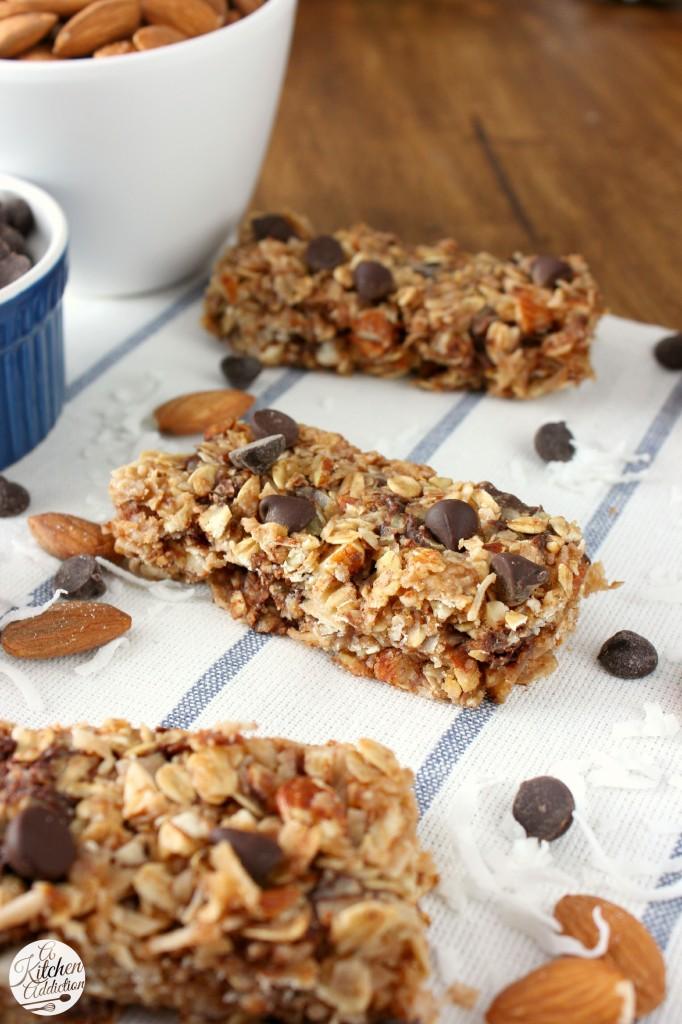 Almond Joy Granola Bars Recipe l www.a-kitchen-addiction.com