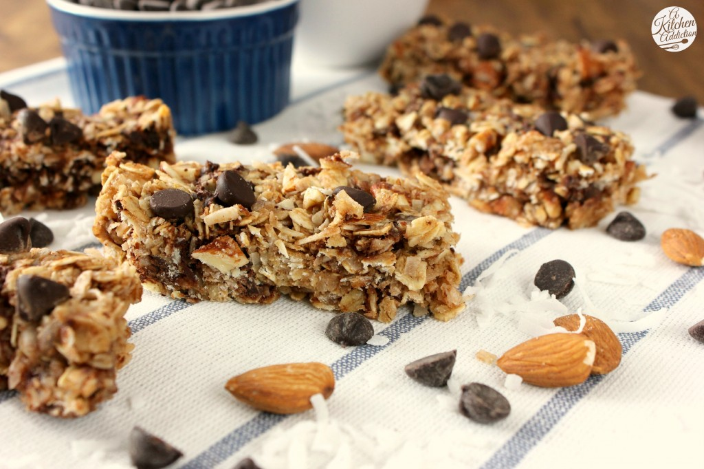 Almond Joy Granola Bars Recipe l www.a-kitchen-addiction.com