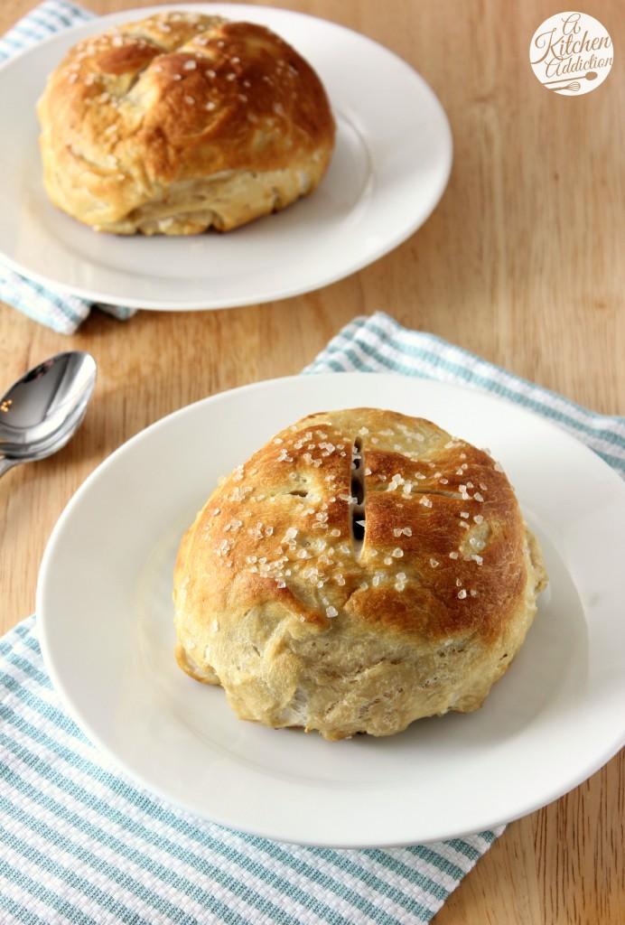 Pretzel Bread Bowls Recipe l www.a-kitchen-addiction.com
