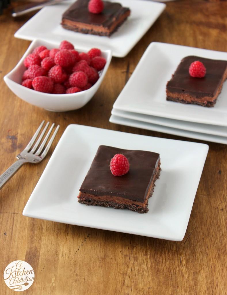 Raspberry French Silk Pie Bars Recipe l www.a-kitchen-addiction.com