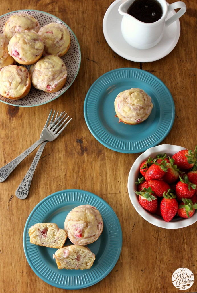 Strawberries and Cream Pancake Muffins Recipe l www.a-kitchen-addiction.com