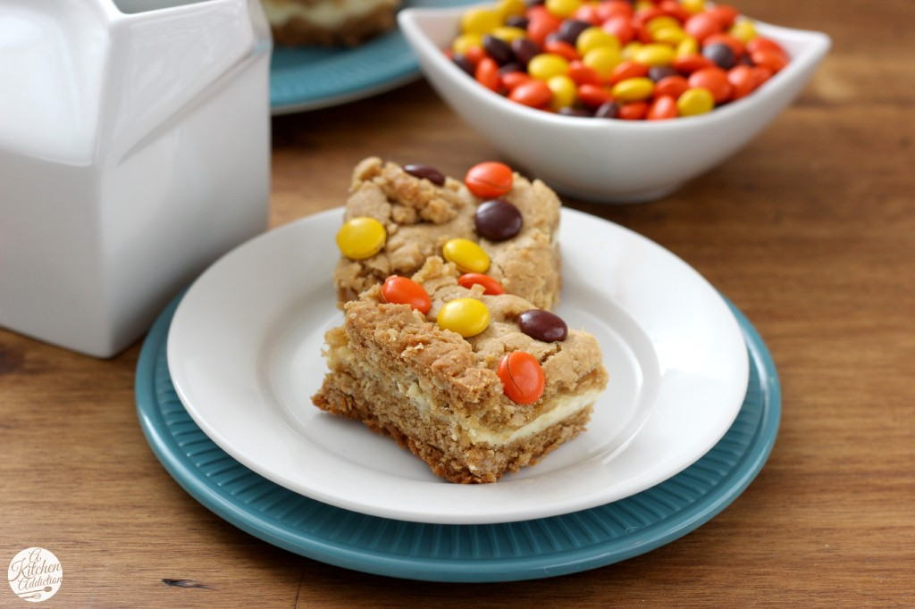 Reese's Pieces Peanut Butter Cookie Cheesecake Bars Recipe l www.a-kitchen-addiction.com