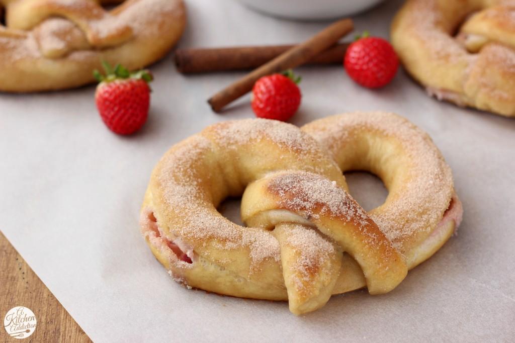 Strawberry Cream Filled Cinnamon Sugar Pretzel Recipe l www.a-kitchen-addiction.com