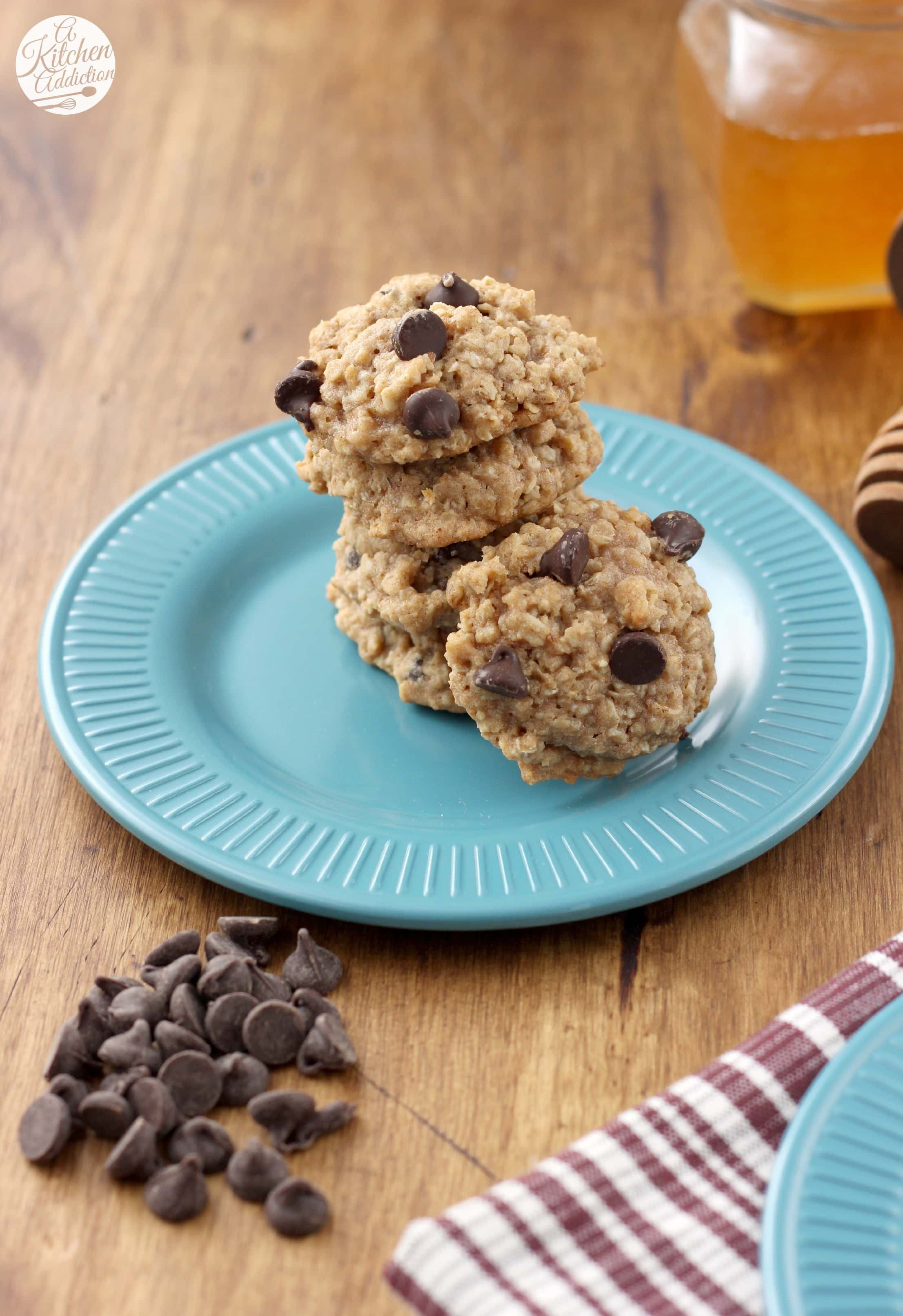 Chewy Whole Wheat Chocolate Chip Oatmeal Cookies - A Kitchen Addiction