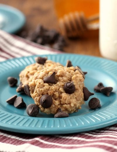 Chewy Whole Wheat Chocolate Chip Oatmeal Cookies