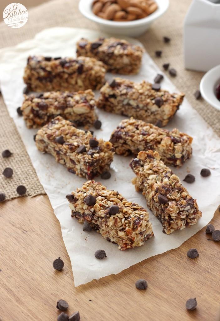 Dark Chocolate Cherry Almond Granola Bars Recipe l www.a-kitchen ...