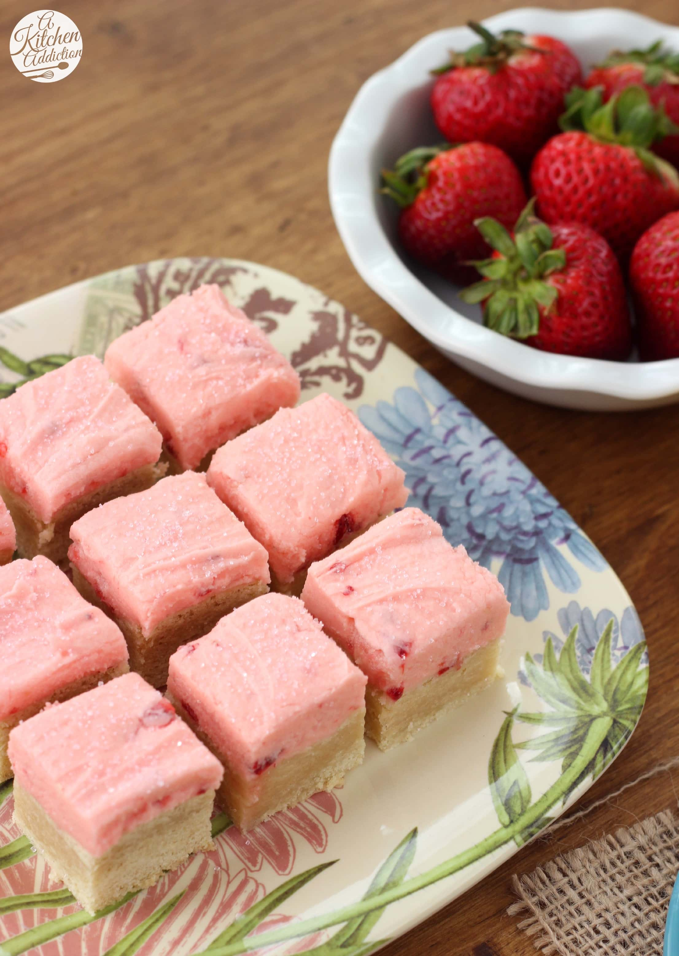 Strawberry Lemonade Frosted Sugar Cookie Bars - A Kitchen ...