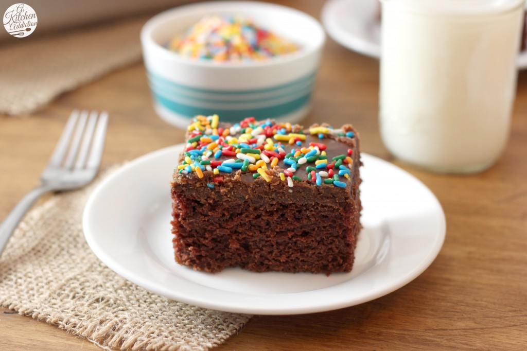 Wacky Cake with No-Fail Fudge Frosting Recipe l www.a-kitchen-addiction.com