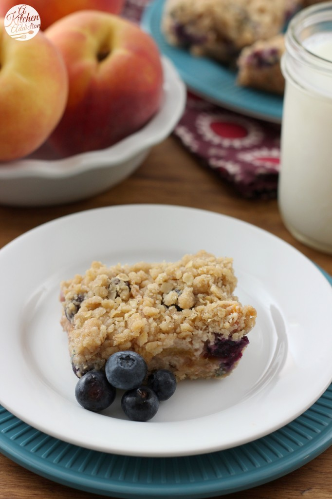 Blueberry Peach Streusel Bars Recipe l www.a-kitchen-addiction.com