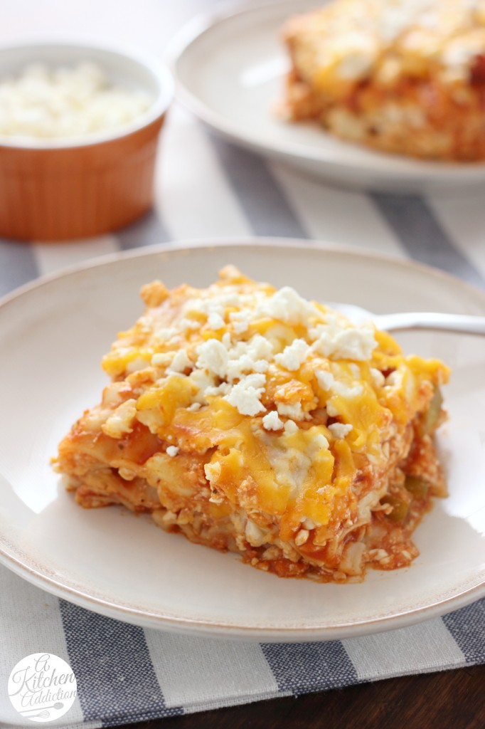 Slow Cooker Buffalo Chicken Lasagna -- A quick and easy crock pot recipe!