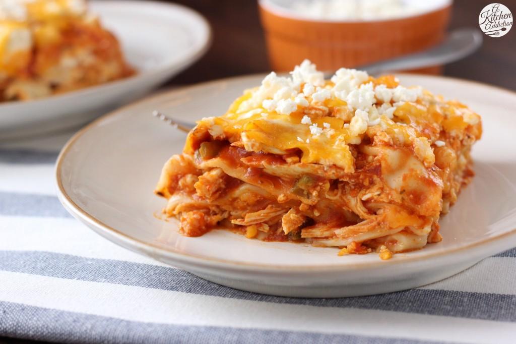Slow Cooker Buffalo Chicken Lasagna Recipe l www.a-kitchen-addiction.com