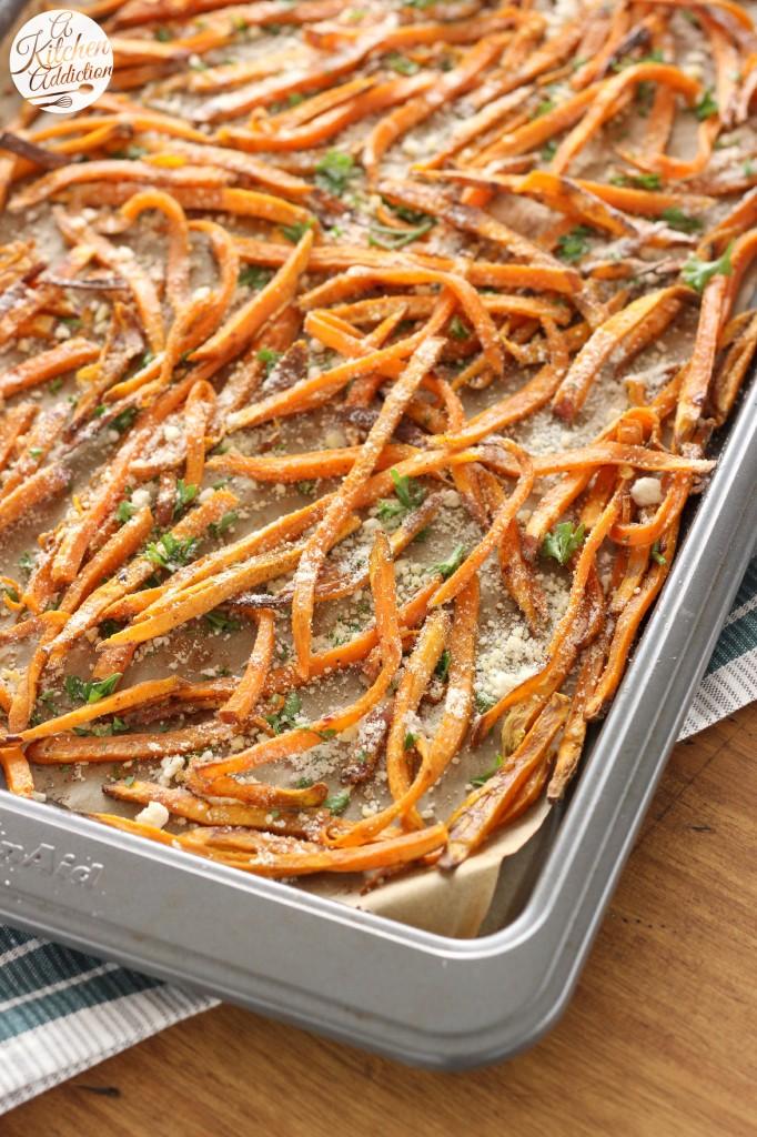 Garlic and Herb Sweet Potato Fries Recipe l www.a-kitchen-addiction.com