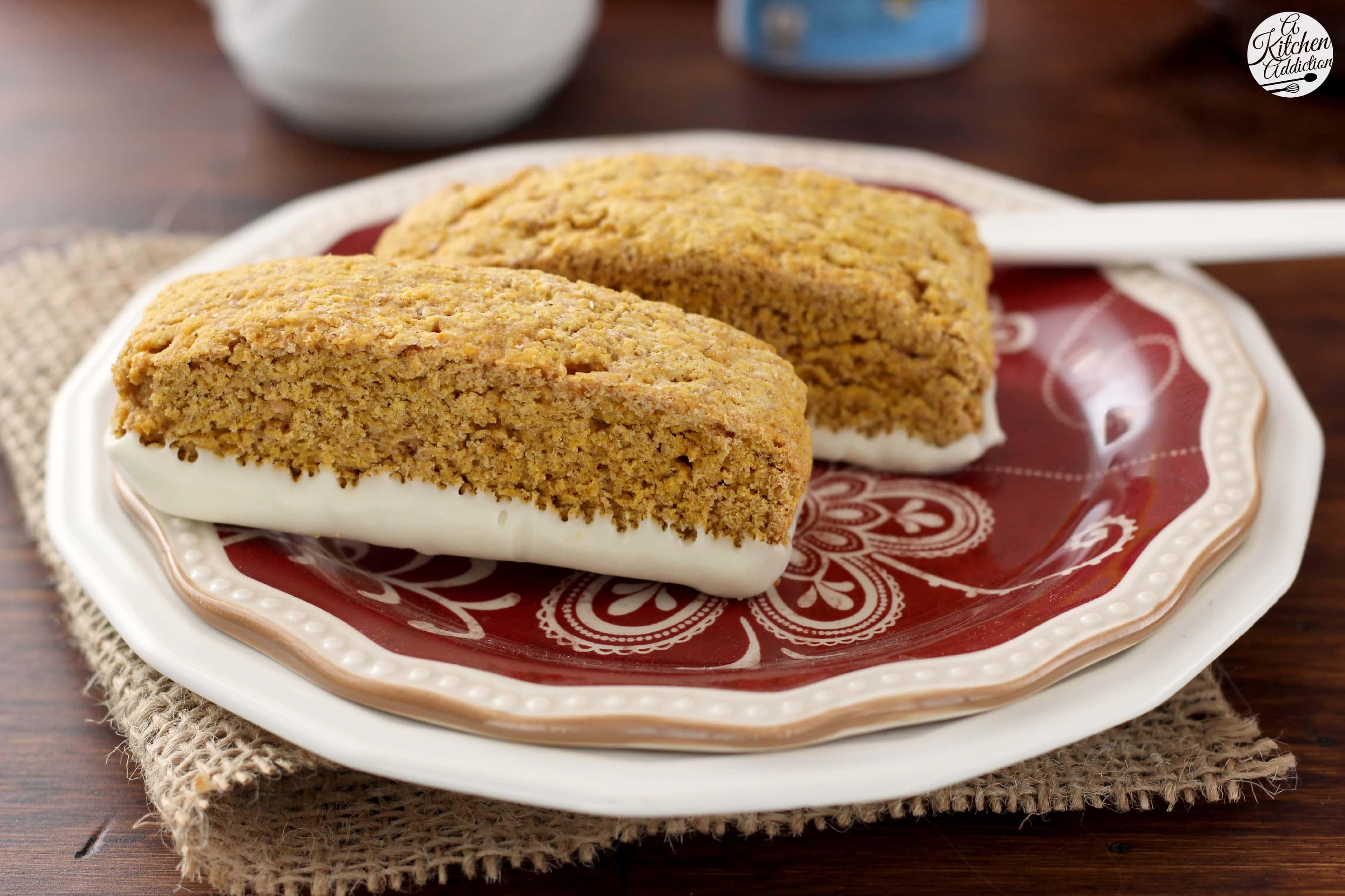Pumpkin Pie Biscotti Recipe l www.a-kitchen-addiction.com #remixyourcoffee